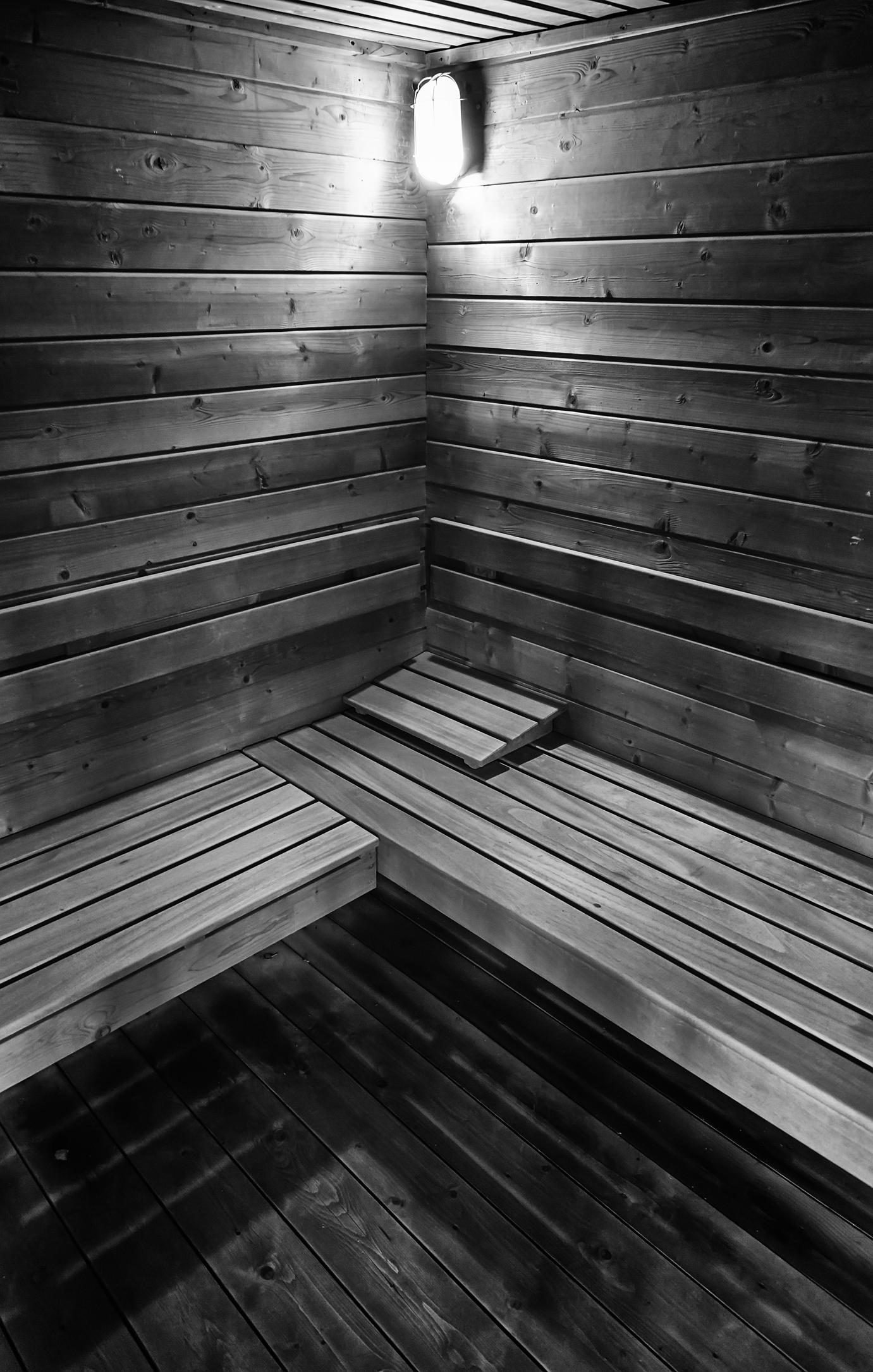 sauna in Kendall